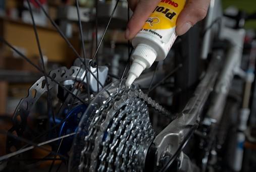Как выбрать смазку для велосипеда