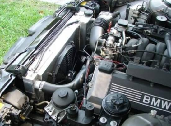 Ремонтировать автомобильный радиатор