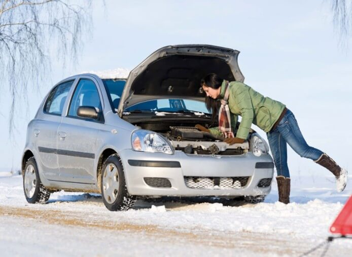 Как завести машину в мороз, правильные действия
