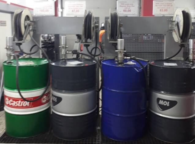 Моторное масло из бочек, как определить подлинность
