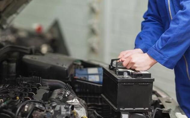 Как восстановить работоспособность автомобильного аккумулятора?
