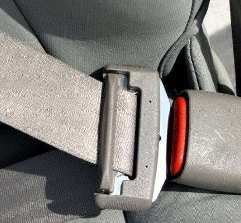 Как отремонтировать ремень безопасности своими руками?