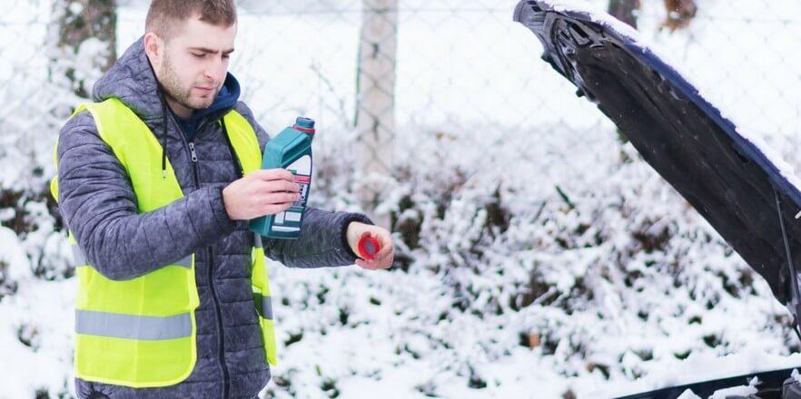 Можно ли менять масло в двигателе зимой?